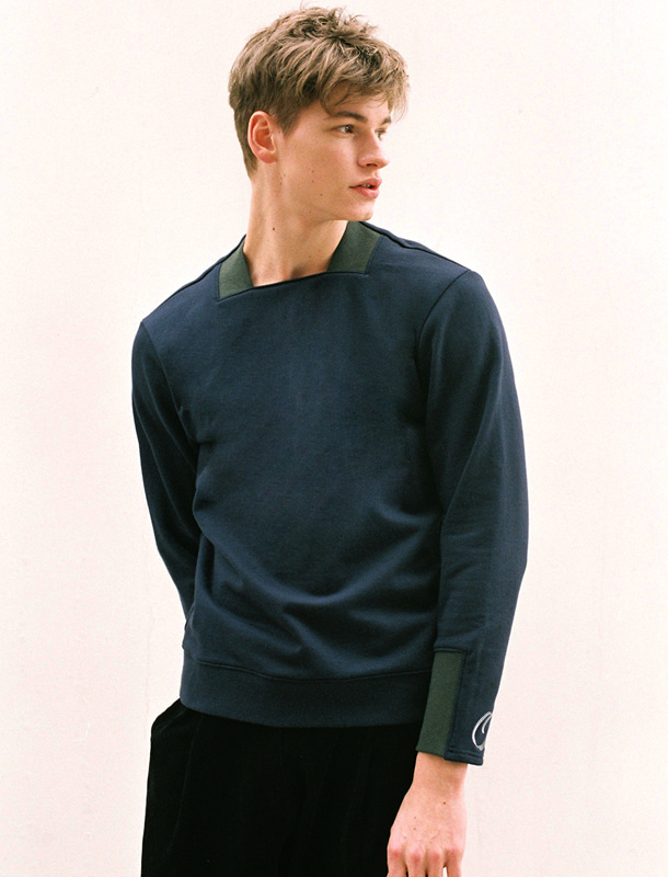Square Neck Sweat Shirt (Navy & Green)