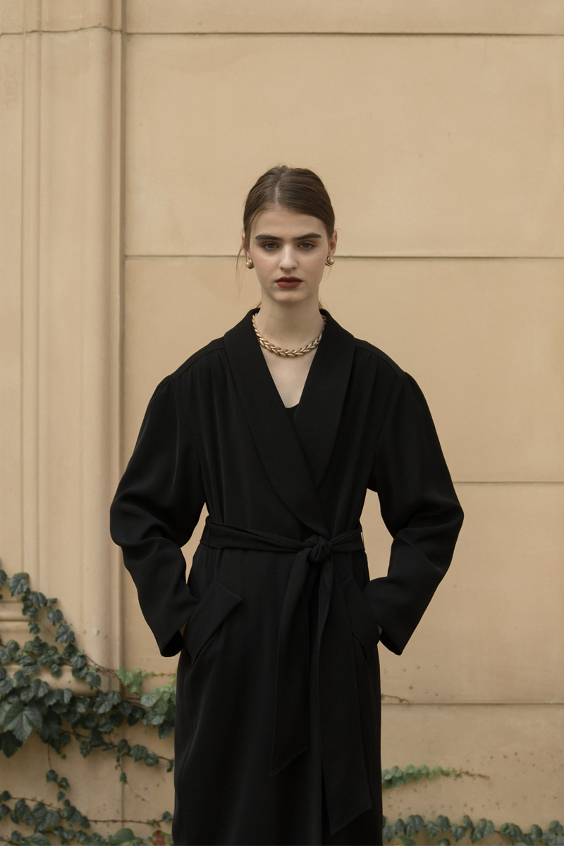 BERLIN ROBE COAT BLACK